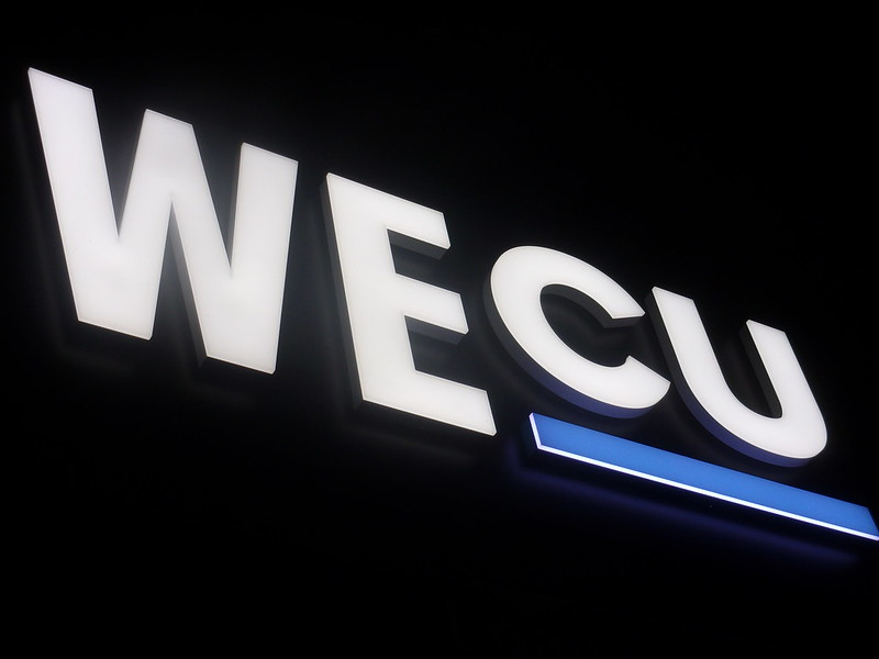 Outdoor Lighted Business Signs- QC Signs & Graphics