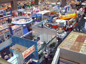 Custom trade show displays and booths for promotion