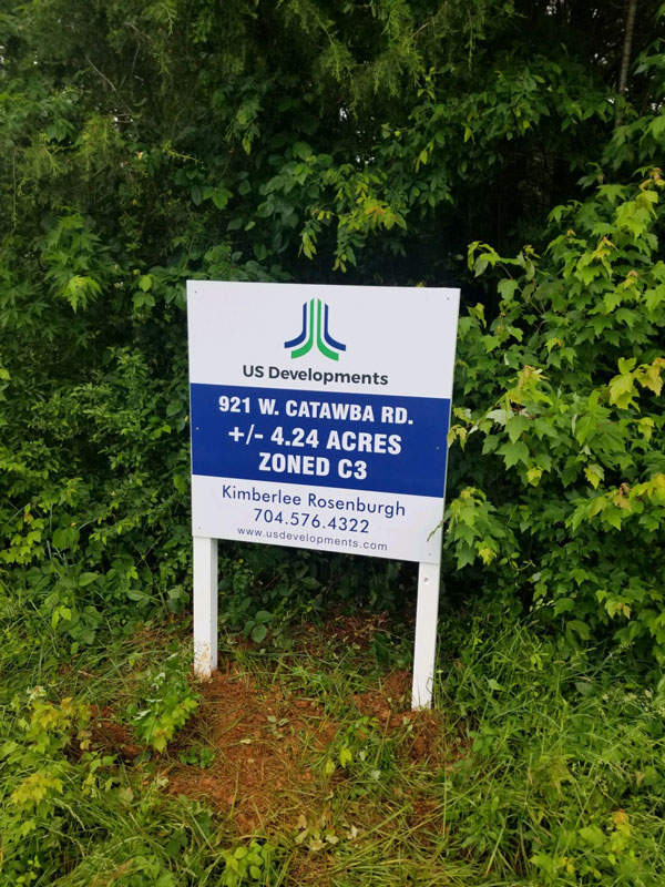 Commercial yard signage in Charlotte, NC